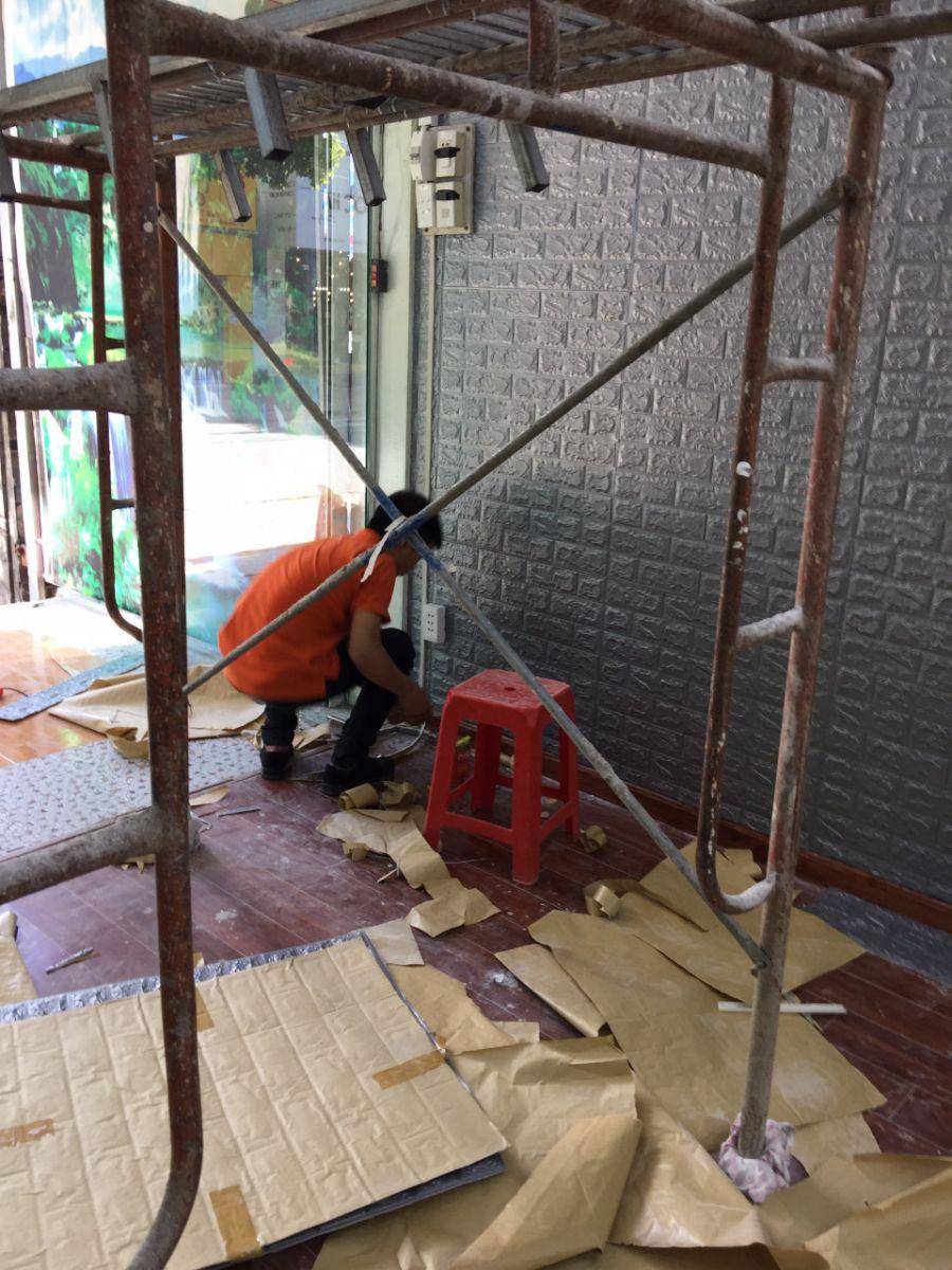 Miếng dán tường 3D giả gạch